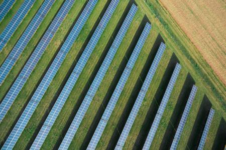 太阳能电厂从上面
