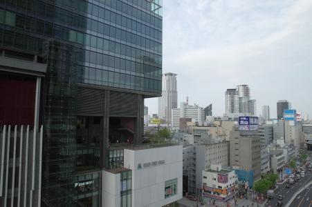 在大阪站附近的免费图片