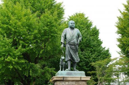 Saigo Takamori雕像免费图片