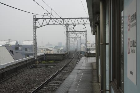 青岛站家轨道照片