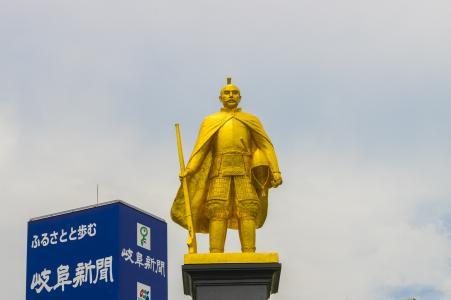 织田信长金色免费材料的雕像