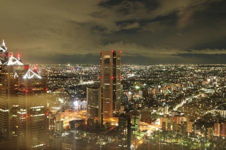 东京夜视图从东京大都会政府的免费股票照片