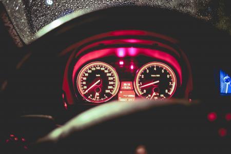 汽油车Speed'O'Meter