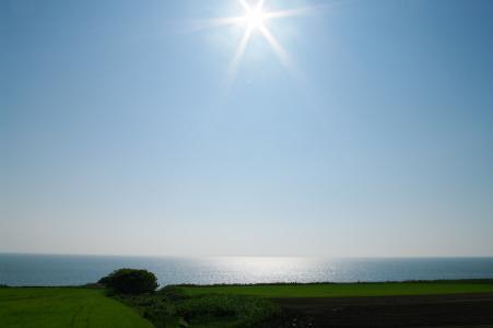太阳和海免费照片
