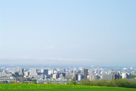 从延冈天文台看到的札幌市中心的免费照片