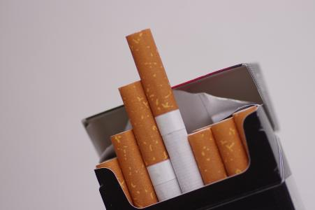 香烟免费股票照片