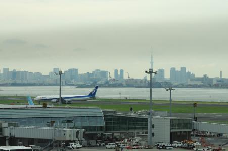 羽田机场和飞机免费材料