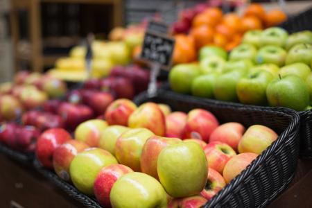 苹果在农夫市场上