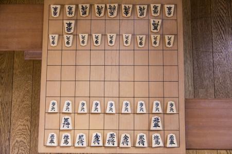 将棋棋盘和棋子免费素材