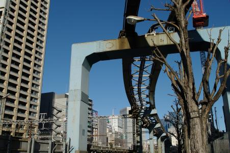 铁道(田町与滨松町之间)
