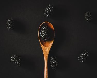 黑树莓静物摄影