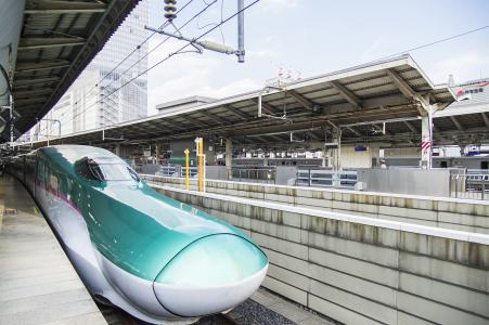 """Tohoku Shinkansen E5 series""""Hayabusa""""免费图片"""