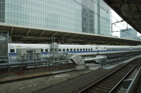 从东京站回家的新干线免费照片