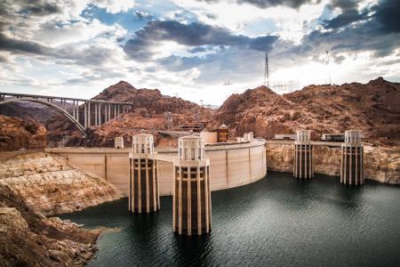 胡佛水坝,科罗拉多河