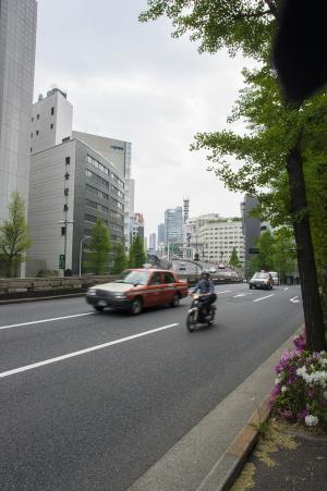 在市中心路和首都高免费照片素材