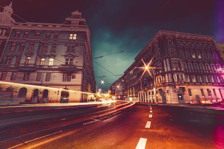 布拉格街头在晚上多彩抽象编辑