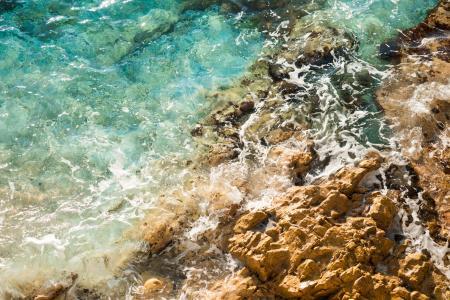 海边岩石关闭