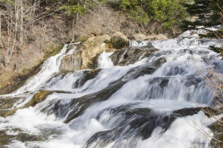 皇冠瀑布免费库存照片
