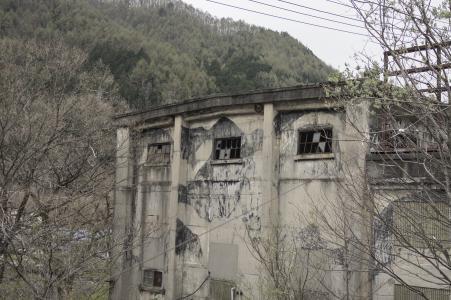 免费的深电厂照片素材(废墟)