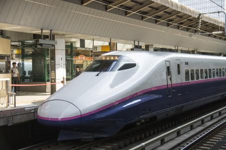 """东北新干线E 2系列""""旋风""""免费的照片"""