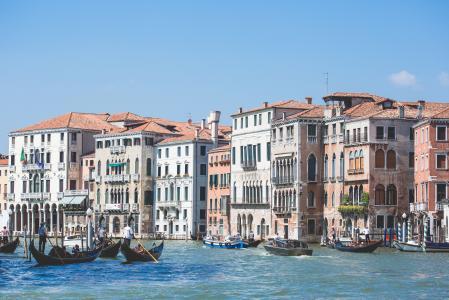 威尼斯运河大房子