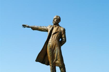 Dr. Clark图像的雕像