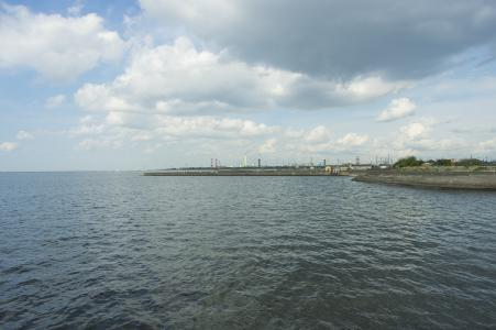 从东京湾看到的工厂区免费照片材料