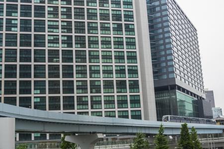 Shiodome和Yurikamome免费照片的高层建筑物
