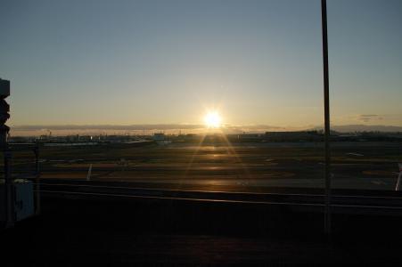 羽田机场和日落的免费股票照片