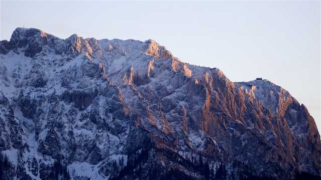 奥地利格蒙登雪山景观