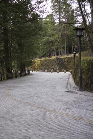 日光东照宫神社在镜子里免费照片