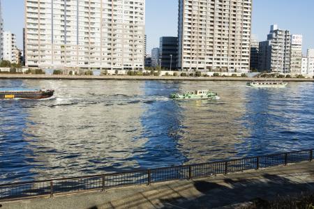 墨田河和船免费股票照片