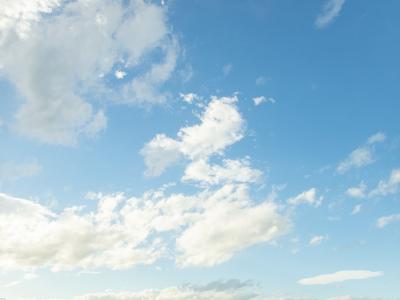 日系清澈天空