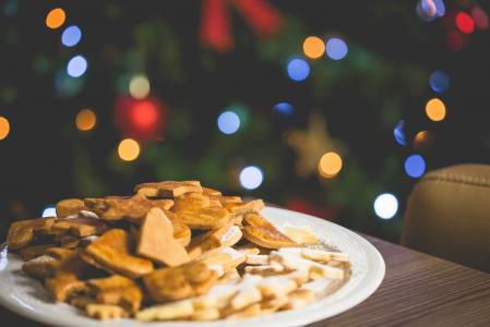 与圣诞树的圣诞节甜点