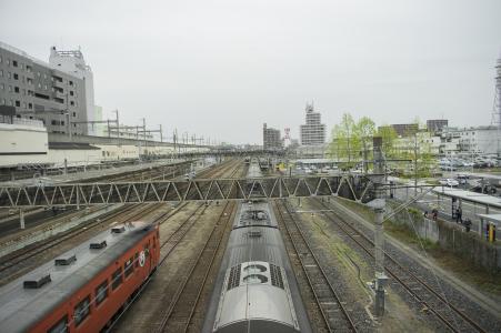 JR Utsunomiya车站家庭和铁路车辆免费照片