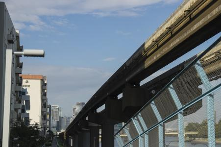 东京单轨铁路高架地下股票照片