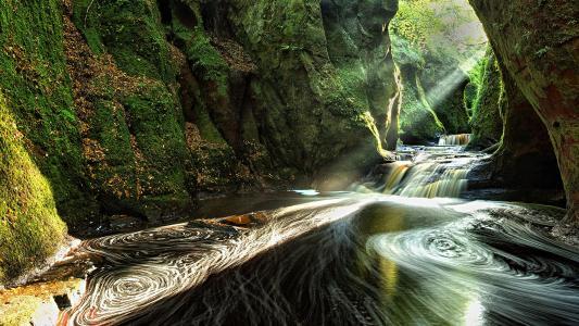 别有洞天的苏格兰峡谷