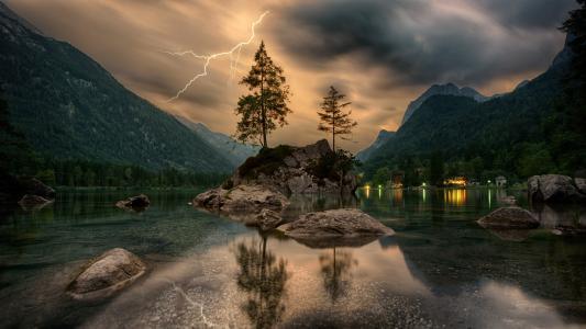 斯诺文尼亚的世外桃源