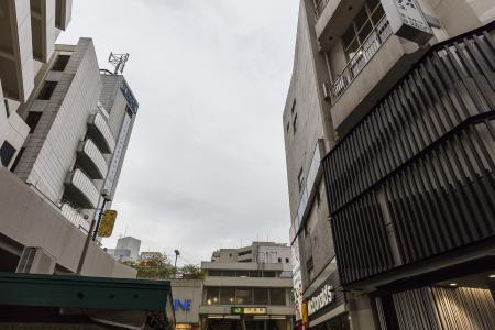 在荻洼站前面的免费照片