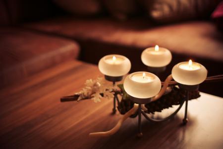 出现蜡烛2013年权利