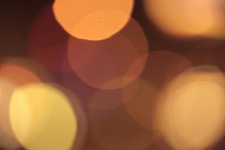 真正的灯光在晚上大散景