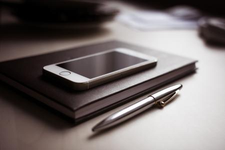 日记与新的iPhone 5S和笔