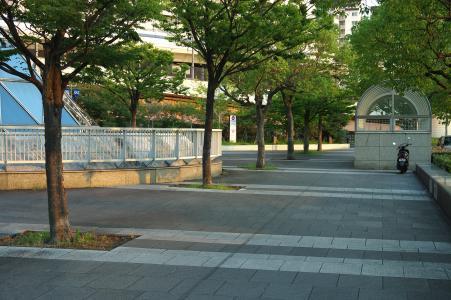 免费的照片材料在神户站前